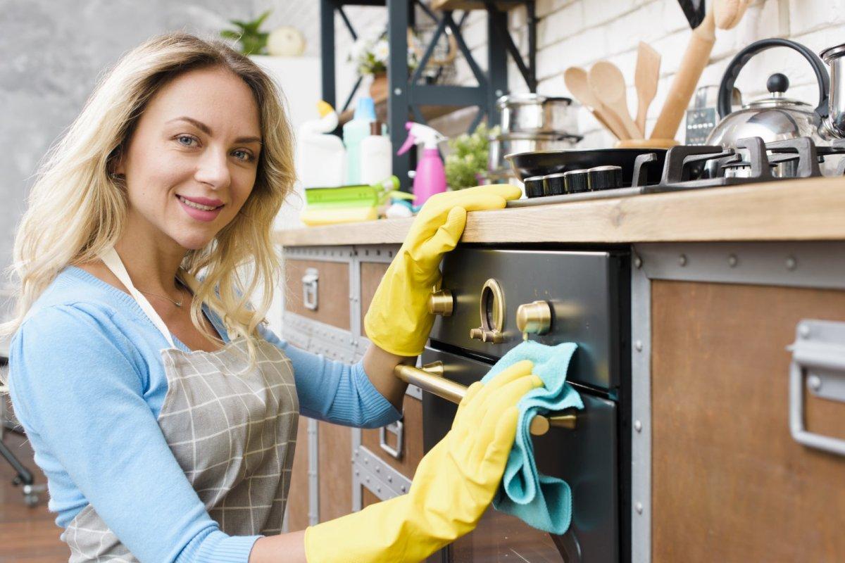 Piperetakarítás a konyhában
